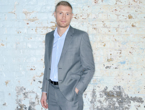 FREDDIE FLINTOFF: 2ND INNINGS AT LEEDS GRAND THEATRE