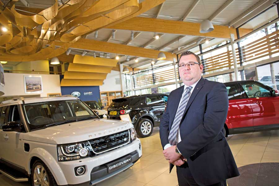 Award-Winning Manager Returns To Farnell Land Rover Guiseley ...