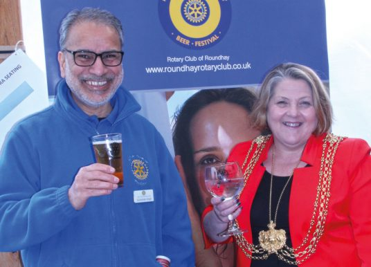 Lord Mayor Visits North Leeds Charity Beer Festival