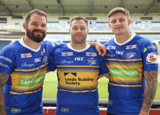 Leeds Building Society holds silent auctions for unique Samaritans Leeds Rhinos shirts