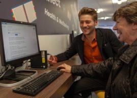 Libraries get Leeds online